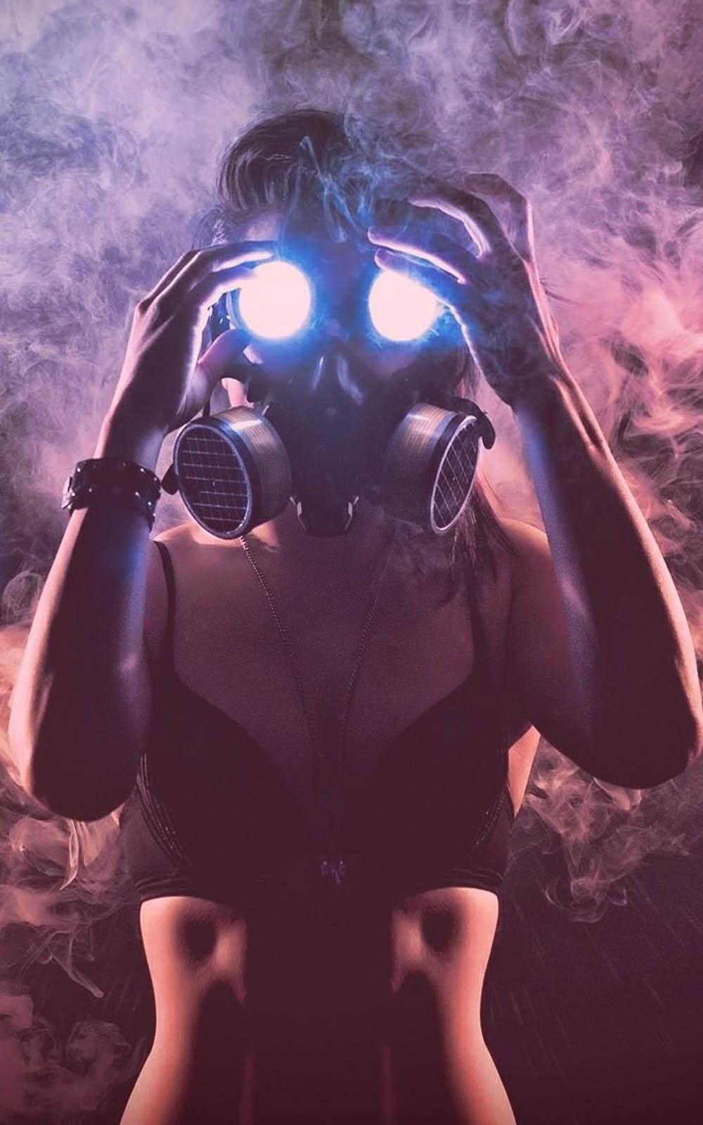 Download Hot Girl Wearing Gas Mask Free Pure 4k Ultra Hd