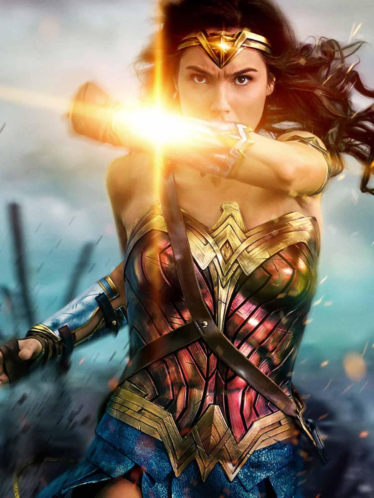 Download Wonder Woman Hd 2017 Free Pure 4k Ultra Hd Mobile Wallpaper