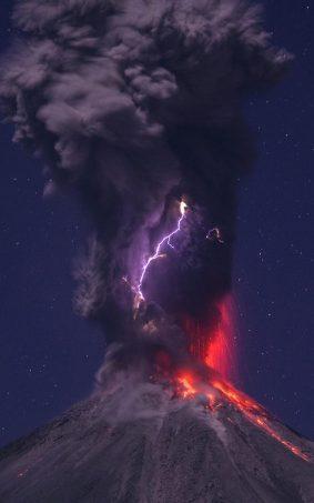 Lightning in Volcano