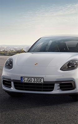 White Porsche Panamera 4e Hybrid Mobile Wallpaper Preview