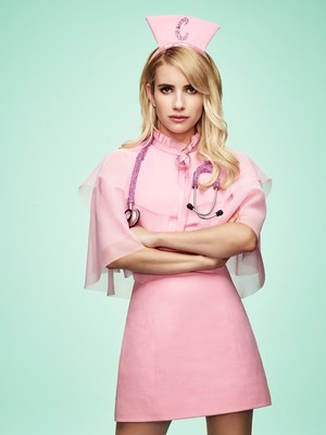 Emma Roberts In Scream Queens HD Mobile Wallpaper Preview