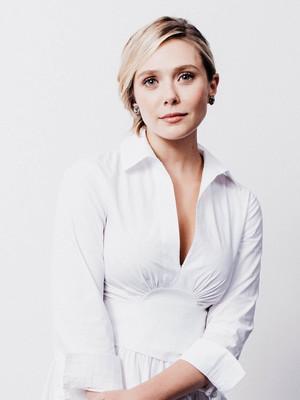 Elizabeth Olsen HD Mobile Wallpaper Preview
