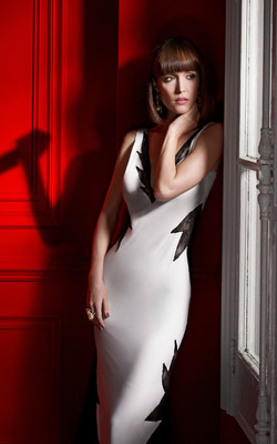Rose Byrne In Damages Series HD Mobile Wallpaper Preview