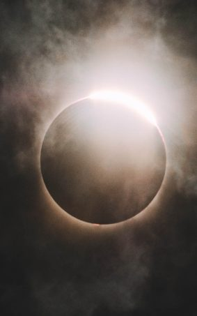 Perfect Eclipse Click HD Mobile Wallpaper