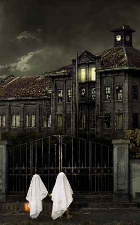 Scary Halloween House HD Mobile Wallpaper