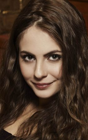 Willa Holland HD Mobile Wallpaper