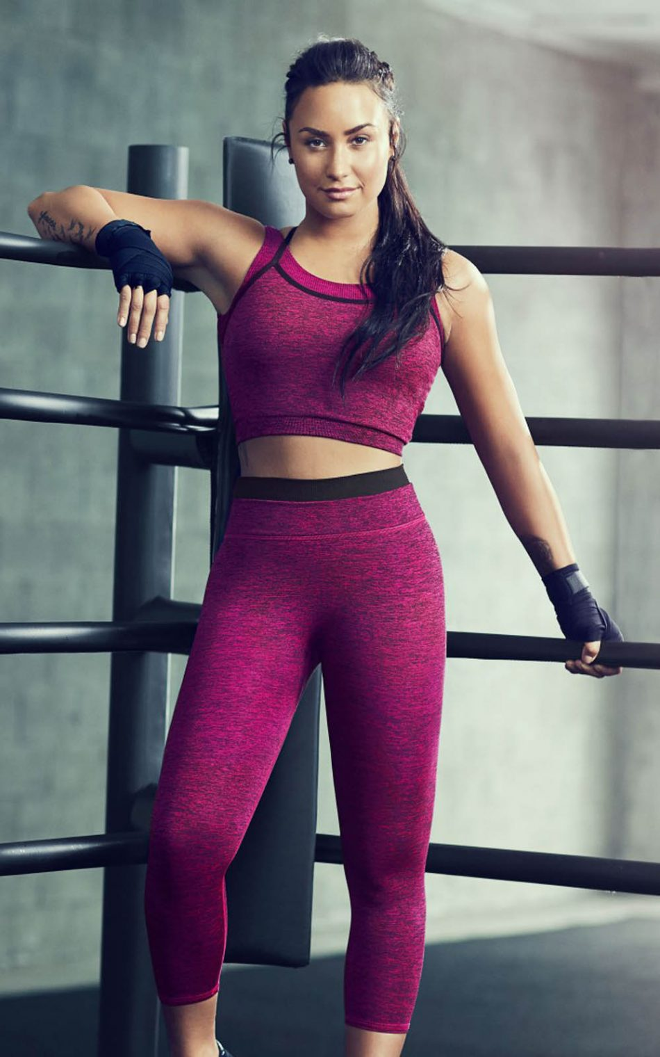 demi lovato fabletics workout download free 100 pure hd. Black Bedroom Furniture Sets. Home Design Ideas