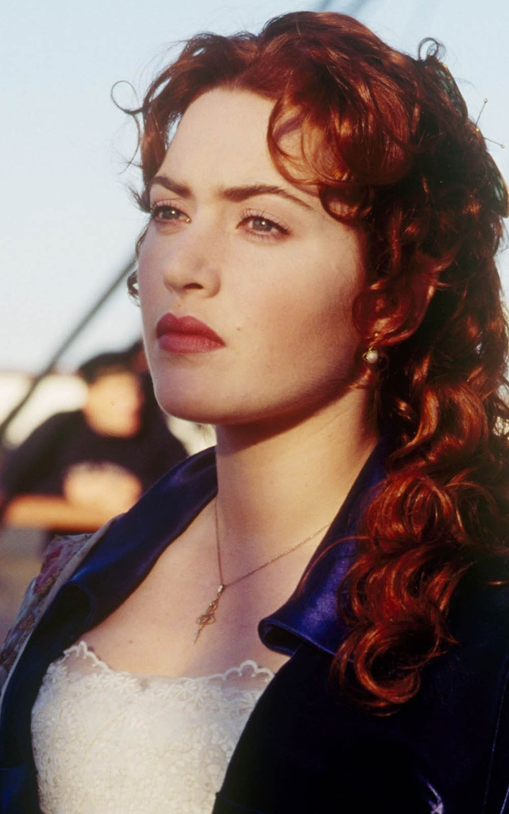 gorgeous kate winslet in titanic hd mobile wallpaper - download free