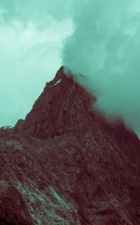 Smoky Cloud Mountain Peak HD Mobile Wallpaper