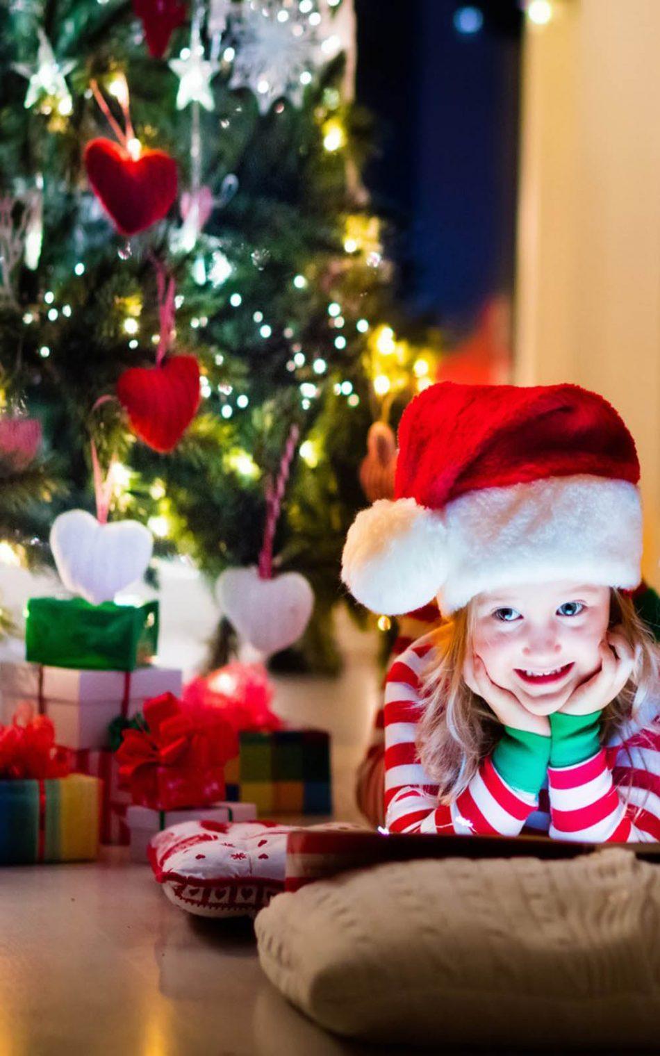 Christmas Cute Kid Wearing Santa Hat HD Mobile Wallpaper