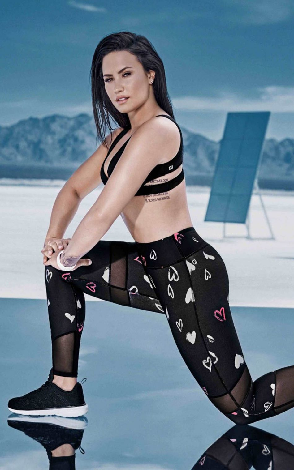Demi Lovato Workout Outdoor Photoshoot HD Mobile Wallpaper
