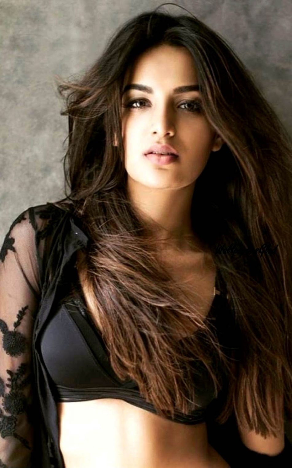 Download nidhhi agerwal indian actress free pure 4k ultra - Actress wallpaper download for mobile ...