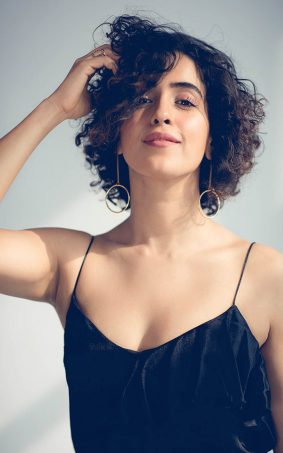 Sanya Malhotra Indian Actress HD Mobile Wallpaper