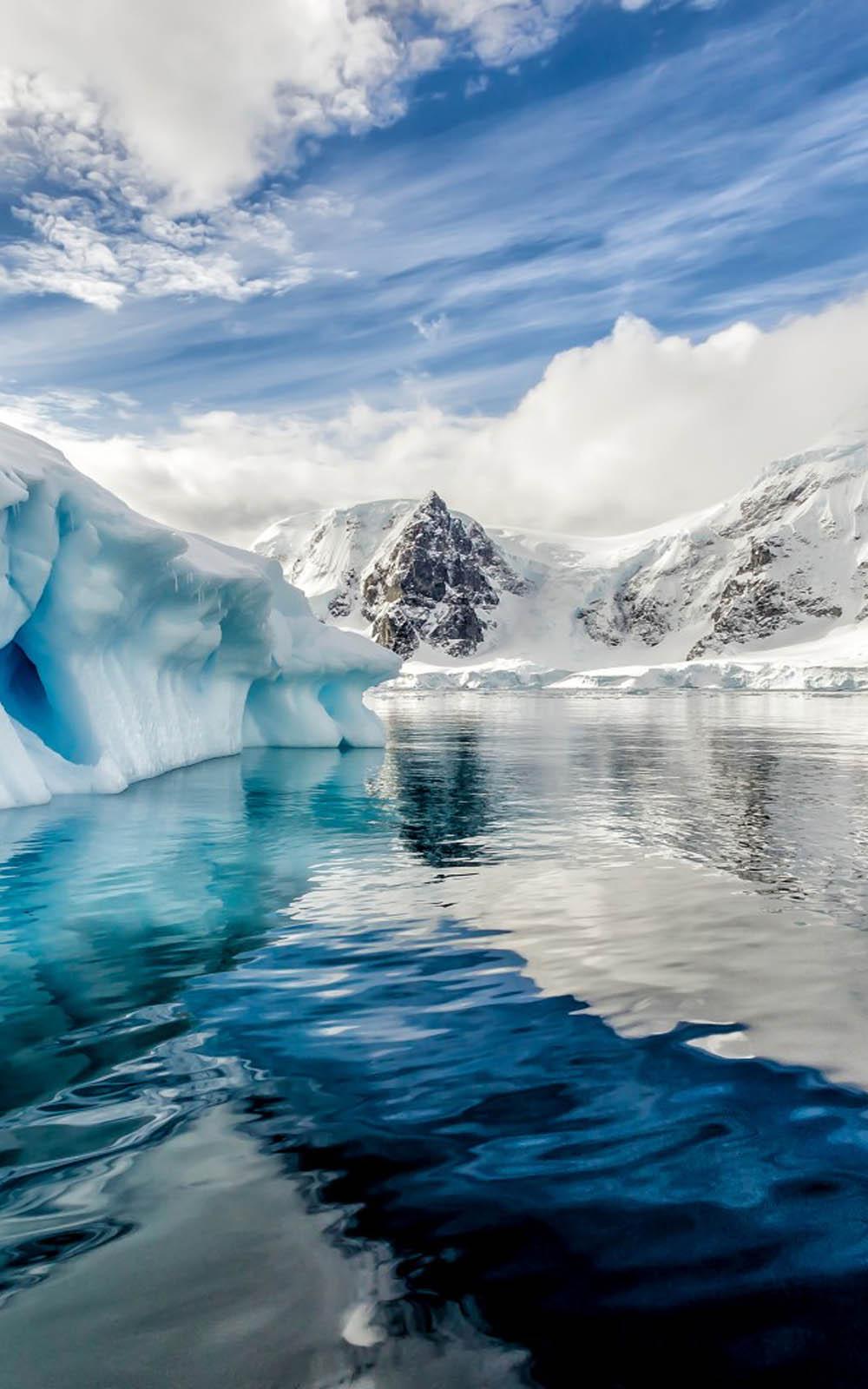 Antarctica Iceberg Ocean Free 4K Ultra HD Mobile Wallpaper