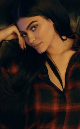 Kylie Jenner 2018 HD Mobile Wallpaper