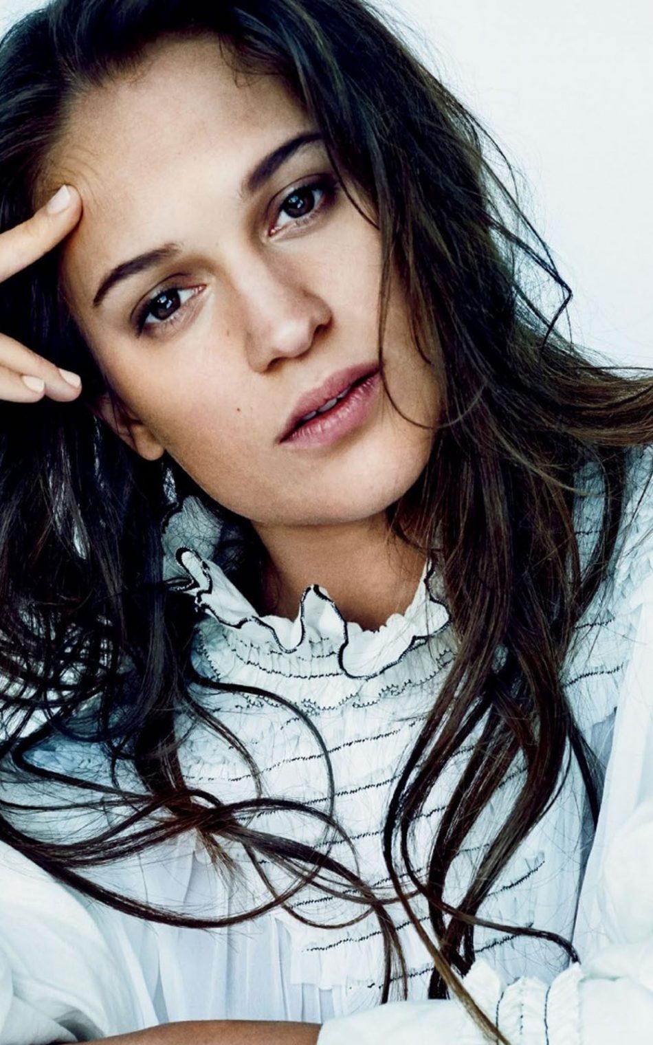 Alicia Vikander Swedish Actress HD Mobile Wallpaper