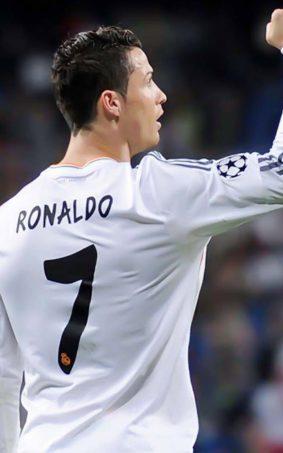 Cristiano Ronaldo In Jersey No 7 HD Mobile Wallpaper
