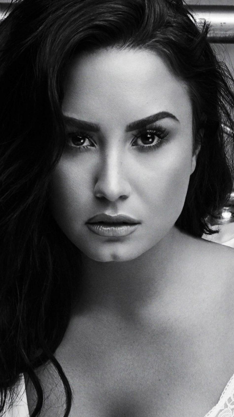 Demi Lovato Hot Black & White Photoshoot HD Mobile Wallpaper