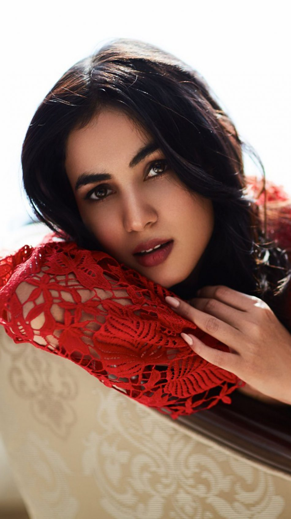 gorgeous sonal chauhan - download free pure 4k ultra hd mobile wallpaper