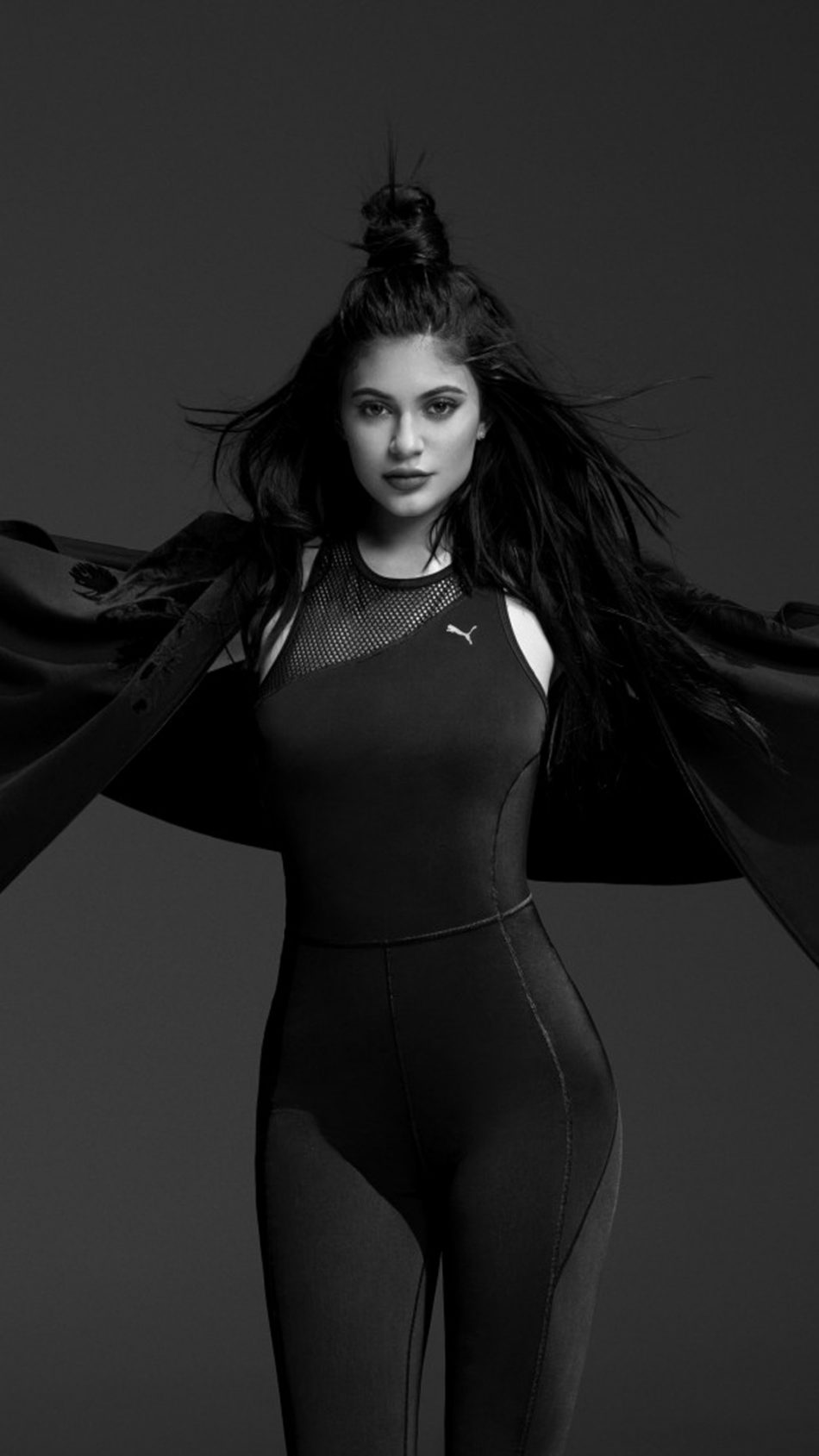 Kylie Jenner Puma Black & White Photoshoot HD Mobile Wallpaper