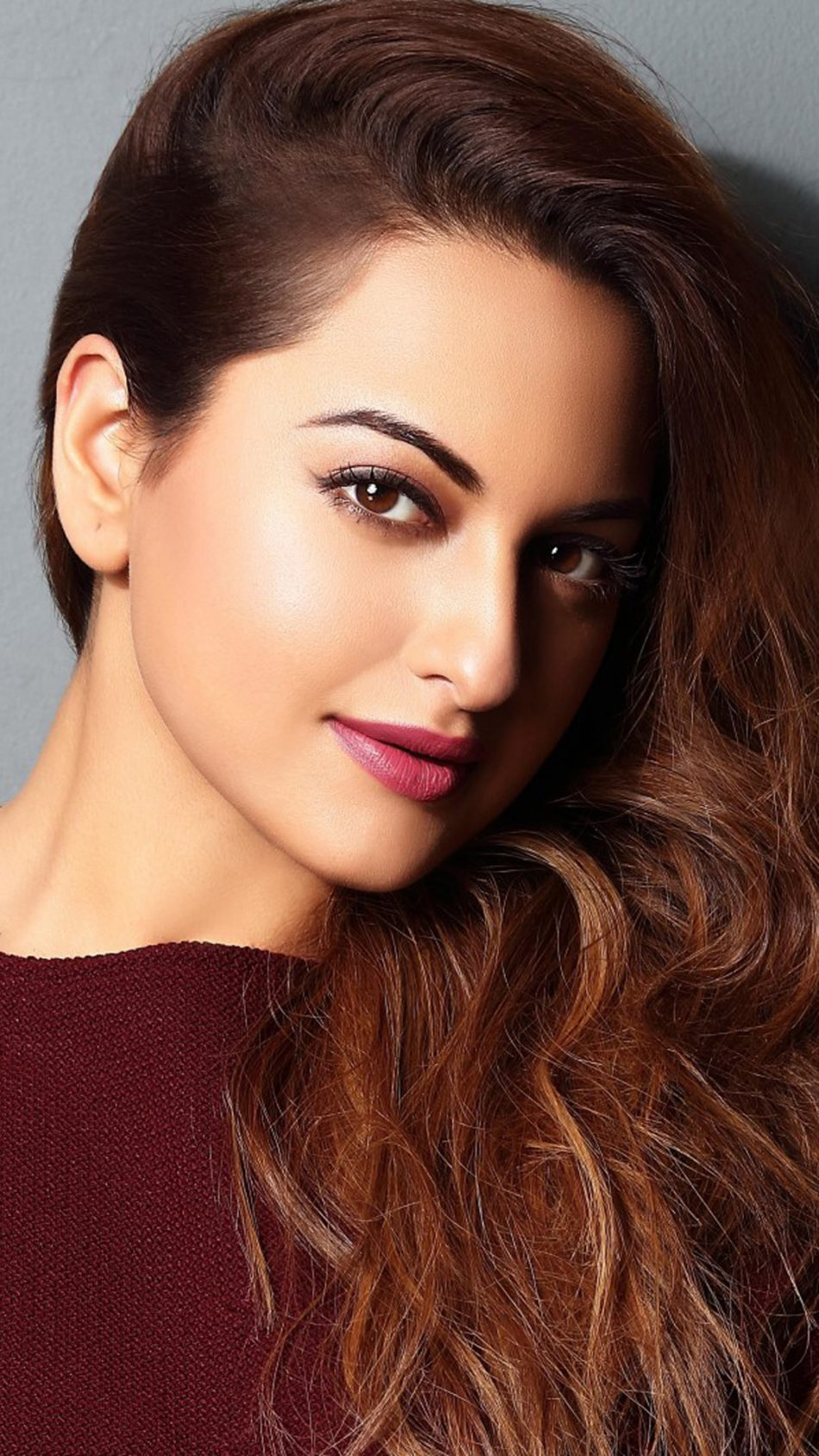download sonakshi sinha gorgeous look free pure 4k ultra hd mobile