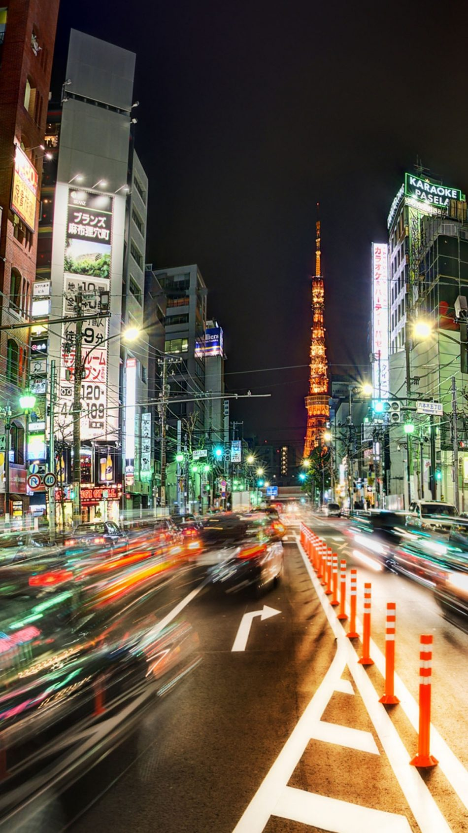 Busy Tokyo Street Night 4K Ultra HD Mobile Wallpaper