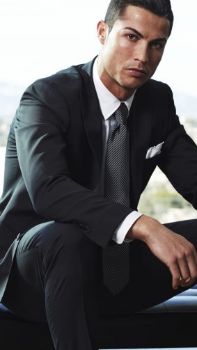 Cristiano Ronaldo Suit & Tie Dress HD Mobile Wallpaper