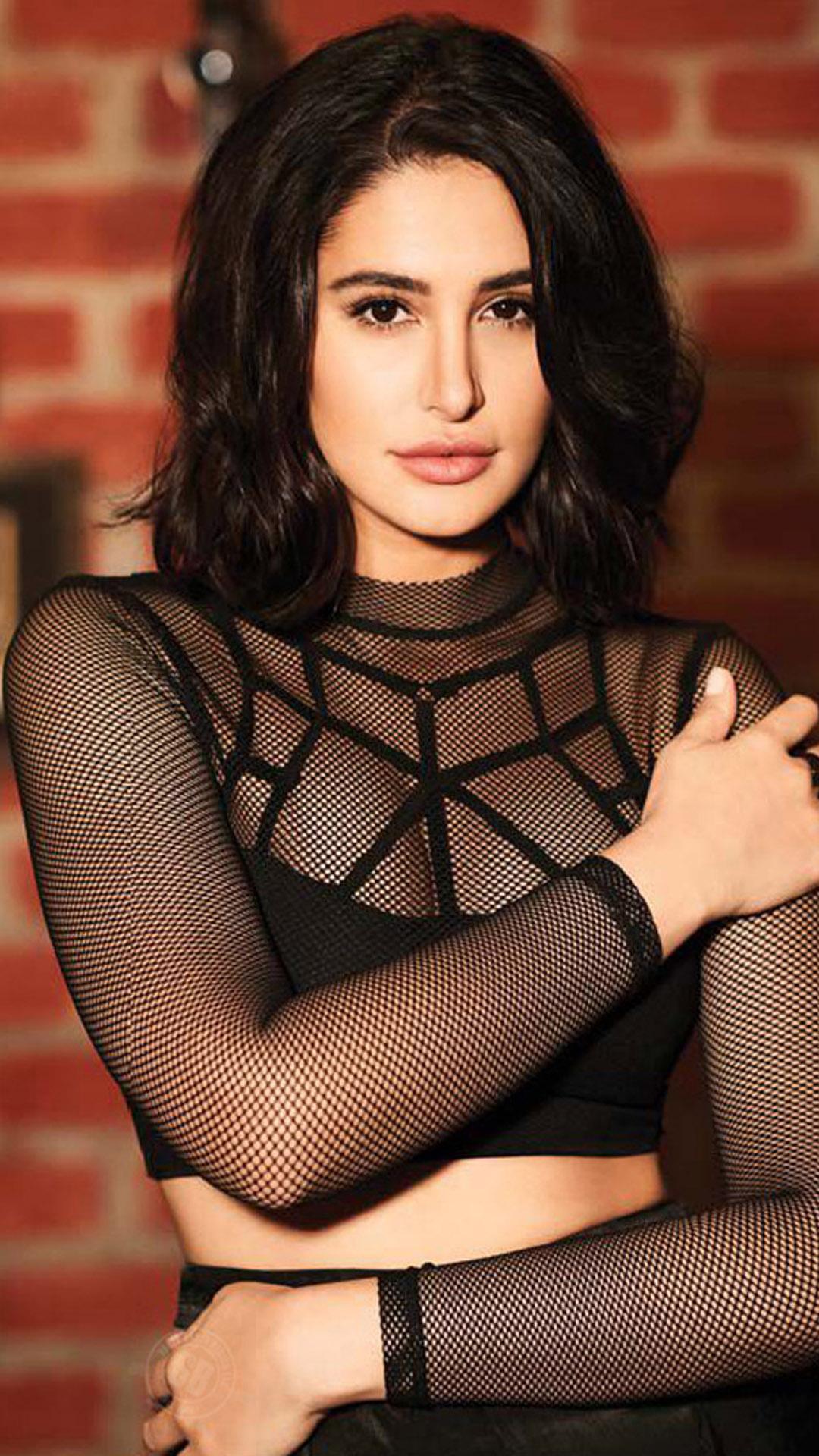 Nargis fakhri dressless fuck