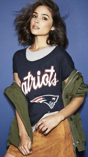 Olivia Culpo Wearing Patriots Jersey HD Mobile Wallpaper
