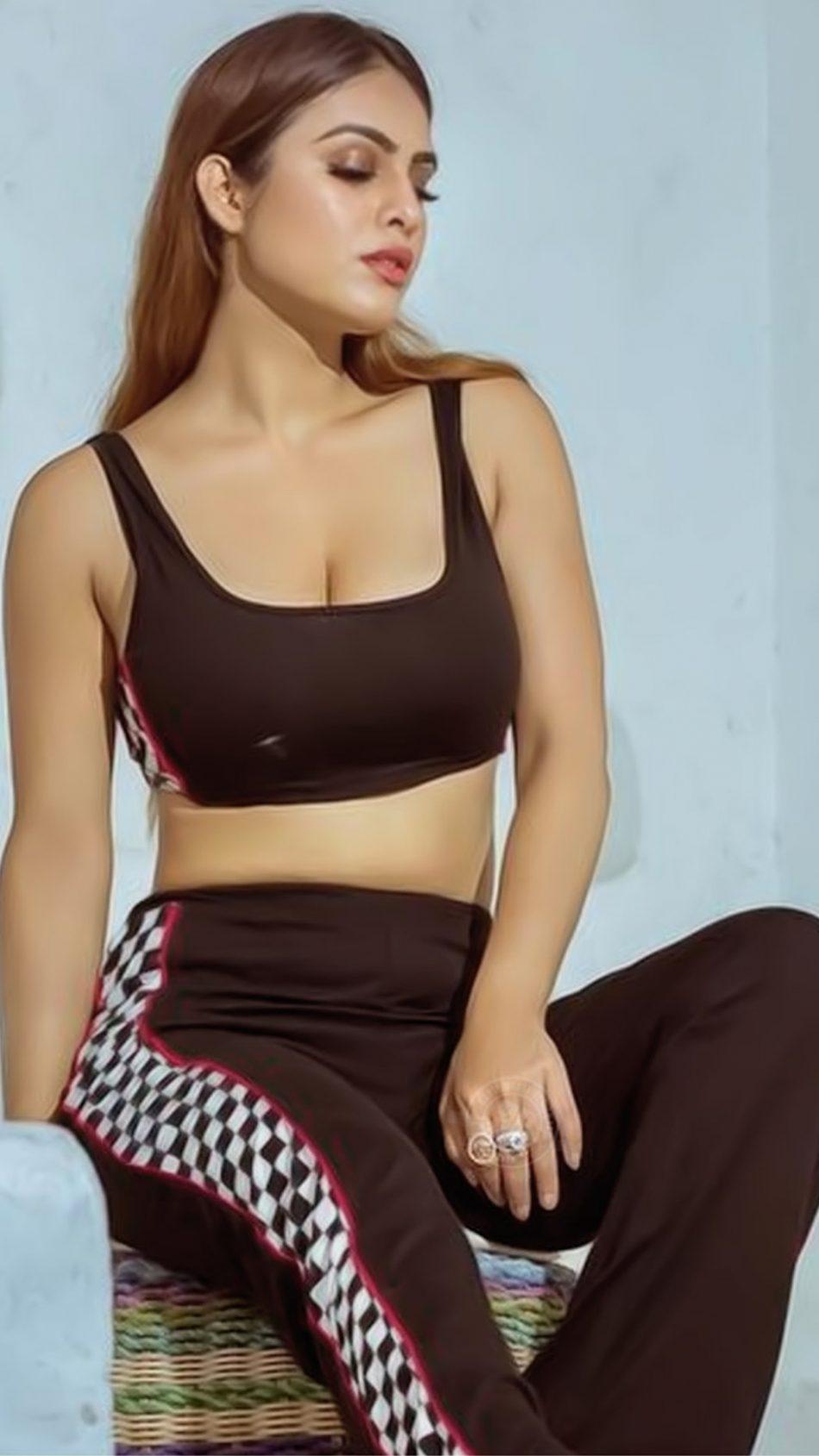 Neha Malik Hot Photoshoot HD Mobile Wallpaper