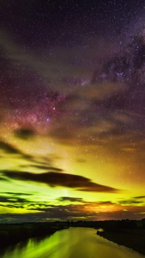 New Zealand Southern Lights Aurora River Night Sky HD Mobile Wallpaper