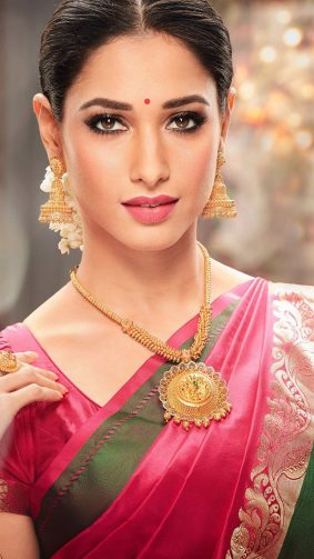 Tamannaah In Ethnic Traditional South Indian Saree HD Mobile Wallpaper