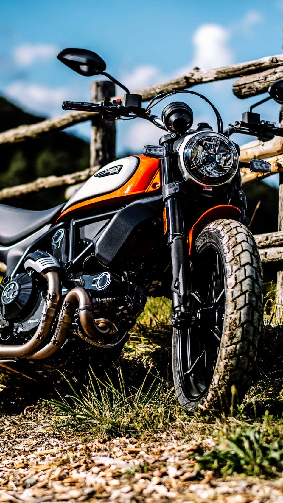 Ducati Scrambler Icon 4K Ultra HD Mobile Wallpaper