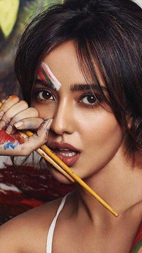 Neha Sharma Painting Photoshoot 4K Ultra HD Mobile Wallpaper