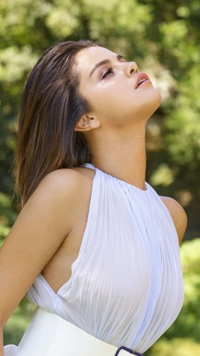 Selena Gomez Elle 2018 Expression 4K Ultra HD Mobile Wallpaper