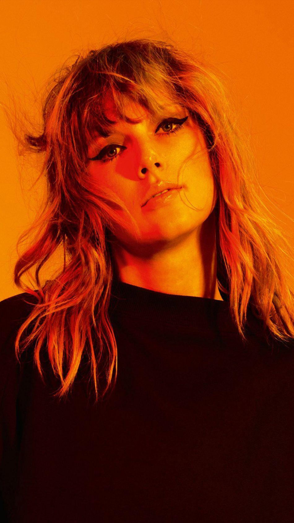 Taylor Swift 2018 New Look 4K Ultra HD Mobile Wallpaper