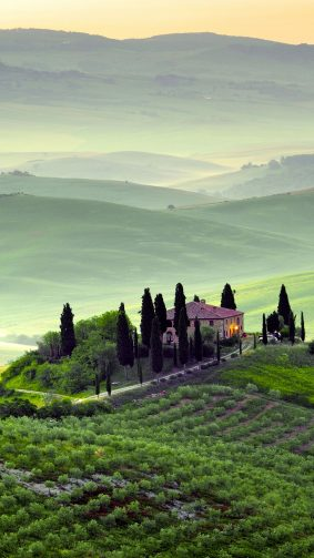 Tuscany Italy Landscape 4K Ultra HD Mobile Wallpaper