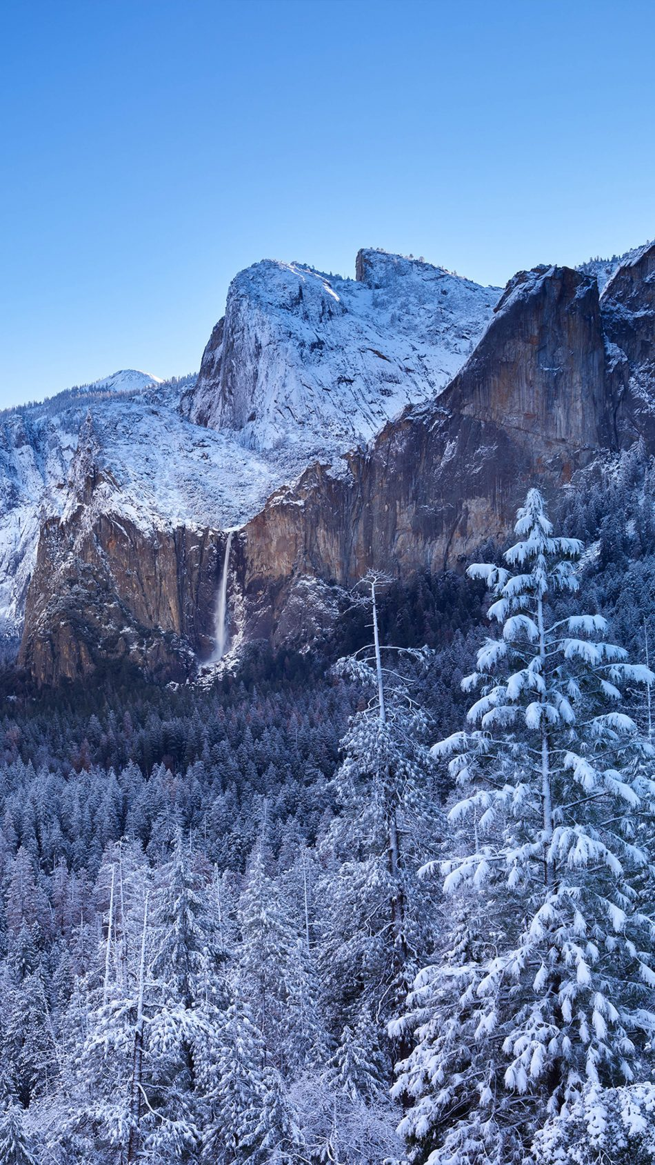 Yosemite National Park Winter Mountains 4K Ultra HD Mobile Wallpaper