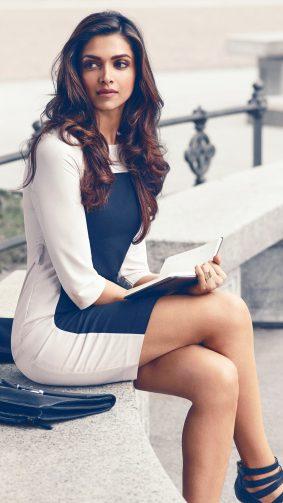 Gorgeous Deepika Padukone Indian Actress 4K Ultra HD Mobile Wallpaper