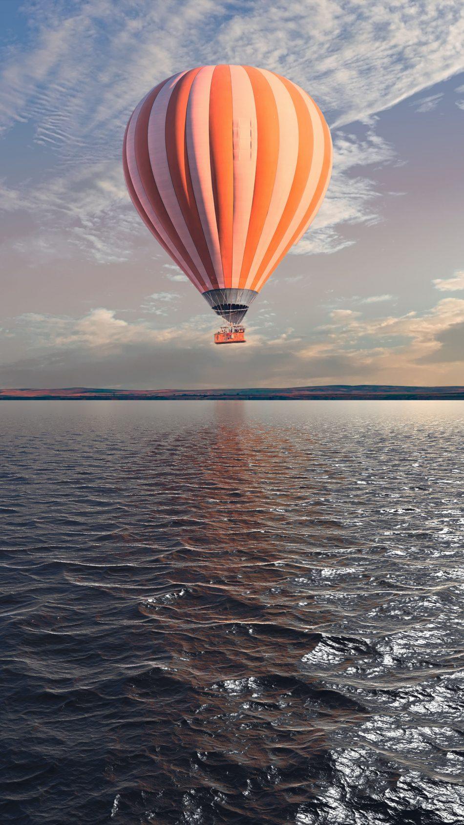 Hot Air Balloon Water River Sunset 4K Ultra HD Mobile Wallpaper