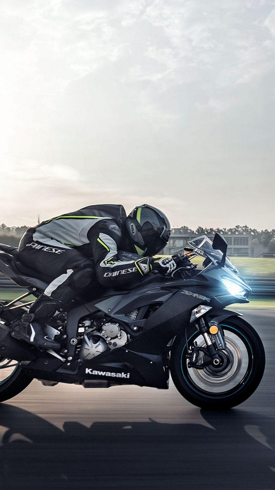 Kawasaki Ninja ZX 6R 2019 Race Track 4K Ultra HD Mobile Wallpaper