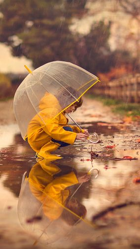 Kid Umbrella Rain Reflection 4K Ultra HD Mobile Wallpaper