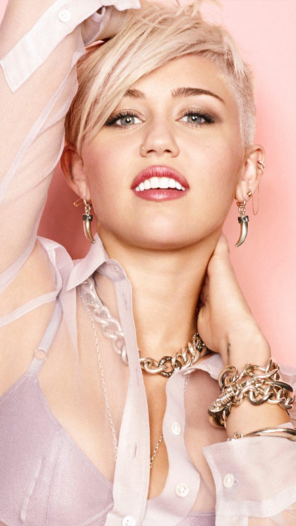 Miley Cyrus Cosmopolitan 2018 4K Ultra HD Mobile Wallpaper