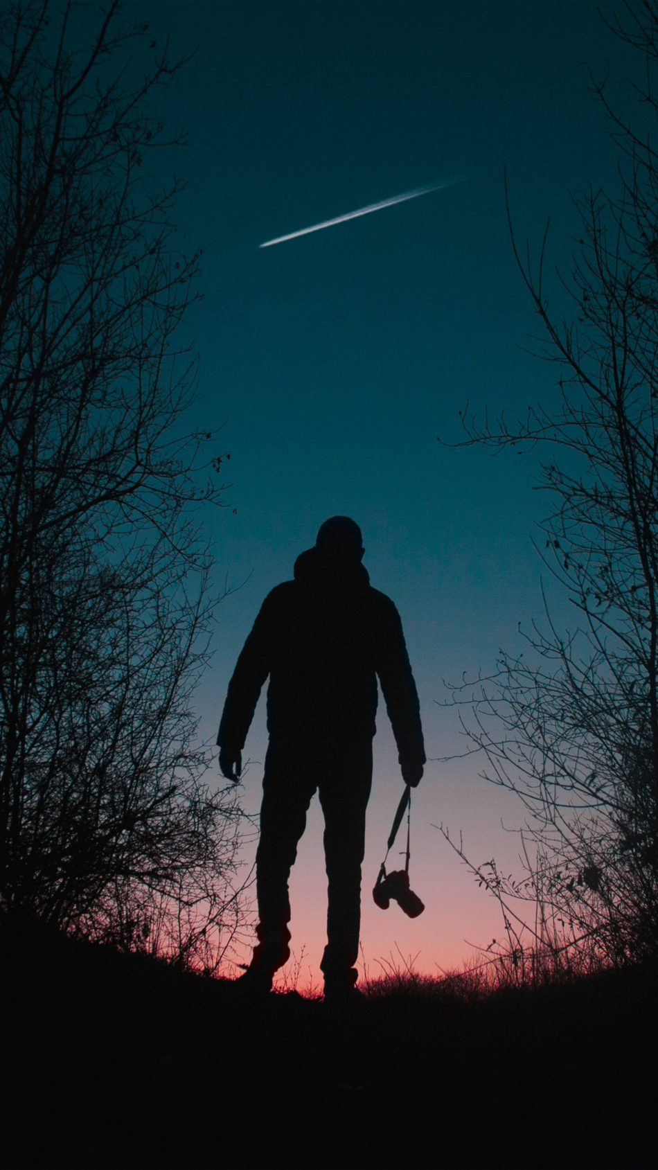 Photographer Silhouette Sunset Evening 4K Ultra HD Mobile Wallpaper