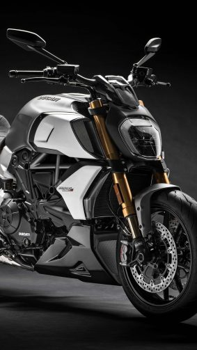 Ducati Diavel 1260 S 4K Ultra HD Mobile Wallpaper