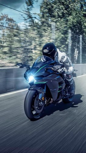 Kawasaki Ninja H2 Speed Racing 4K Ultra HD Mobile Wallpaper