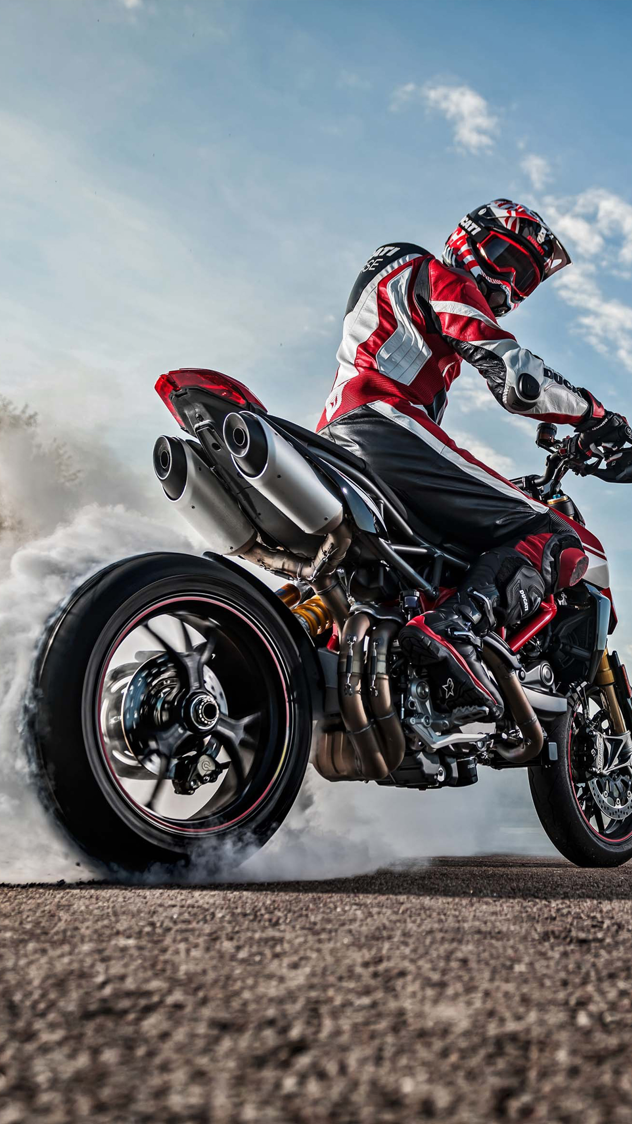 Download Ducati Hypermotard 950 Sp Bike Burnout Free Pure 4k Ultra