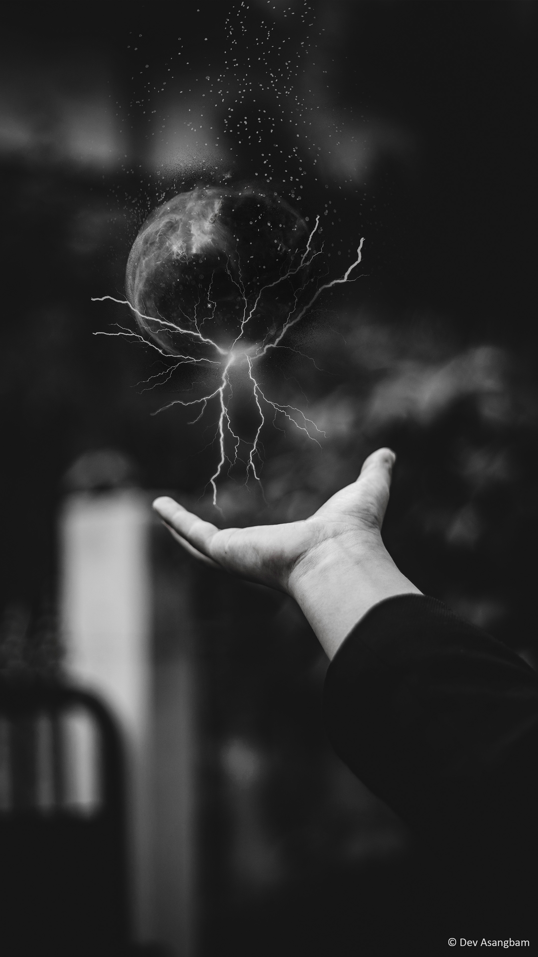 download power lightening hand photography free pure 4k