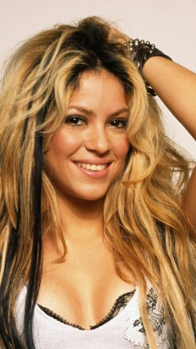 Singer Shakira 2019 4K Ultra HD Mobile Wallpaper