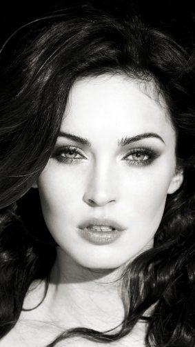 Megan Fox 2019 Black & White 4K Ultra HD Mobile Wallpaper